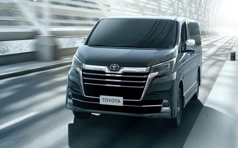 Toyota решила возродить минивэн Granvia