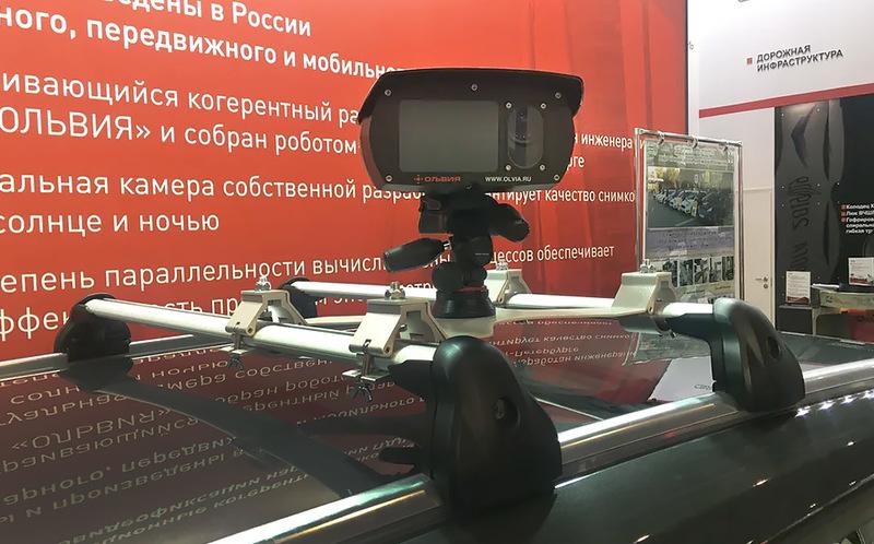 Скорость будут контролировать из салона патрульных машин