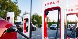 Tesla планирует сократить время заряда электромобилей до 10 минут