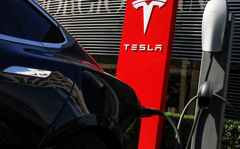 Капитализация Tesla достигла $100 млрд. Дороже только Toyota